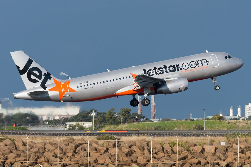 Jetstar A320 232 VH VFF Sydney Kingsford Smith Airport SYD