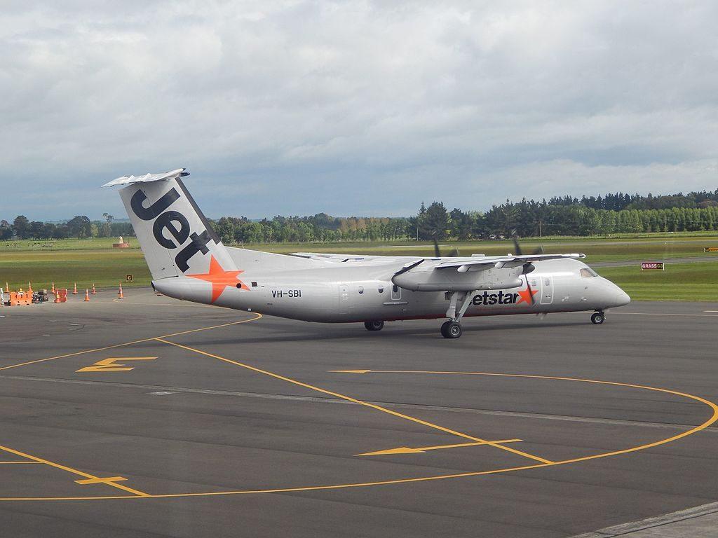 Jetstar Regional Q300 VH SBI at Palmerston North Airport
