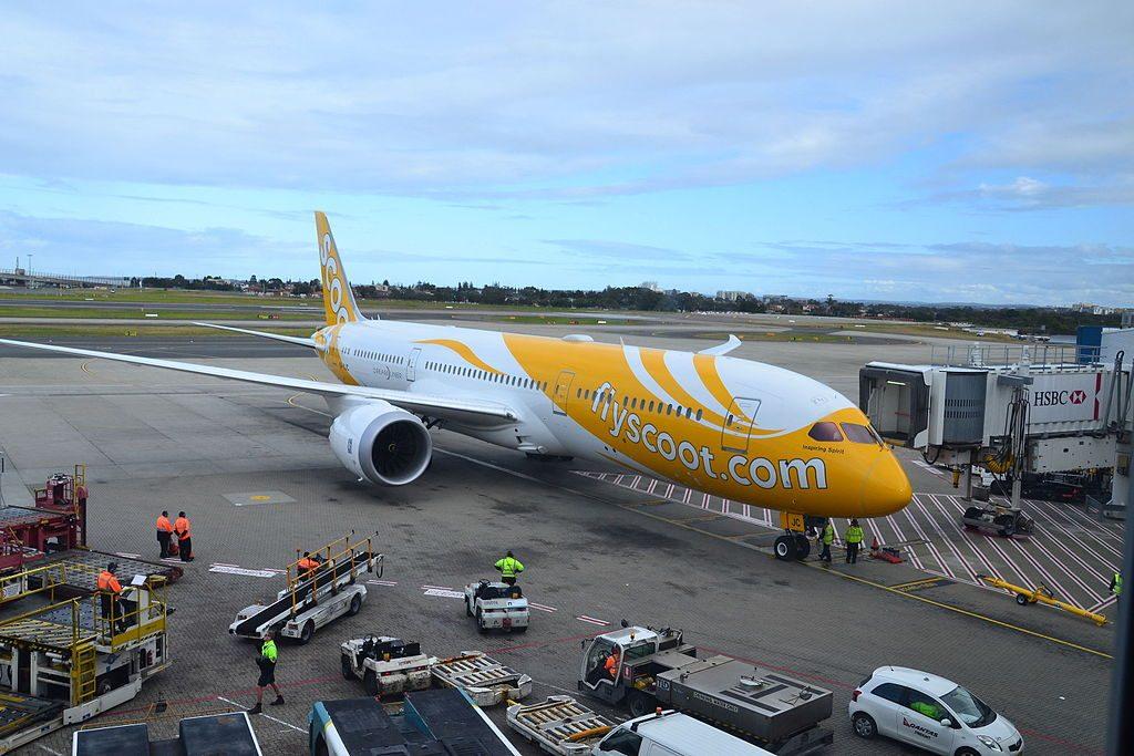 Scoot Airlines Boeing 787 9 Dreamliner 9V OJC Inspiring Spirit at Gold Coast Airport