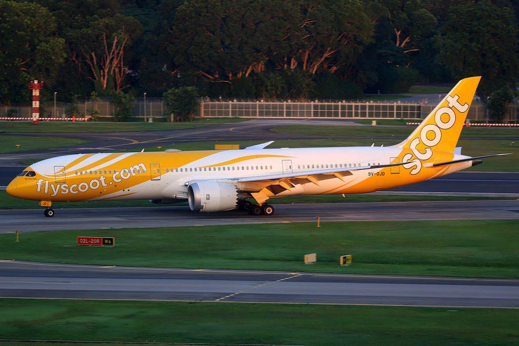 Scoot Airlines Boeing 787 9 Dreamliner 9V OJD Big Yella Fella Singapore Changi