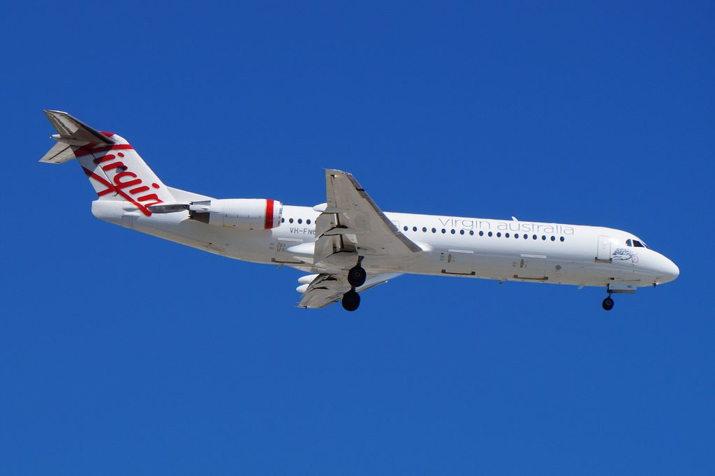VH FNC Virgin Australia Regional Fokker 100 at Pert Airport