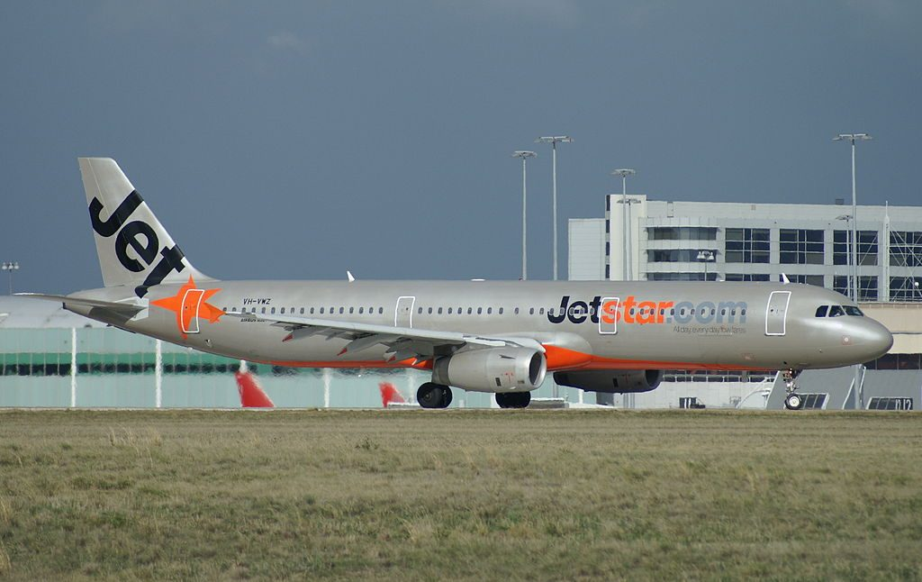 VH VWZ Jetstar Airbus A321 231 at Melbourne Airport