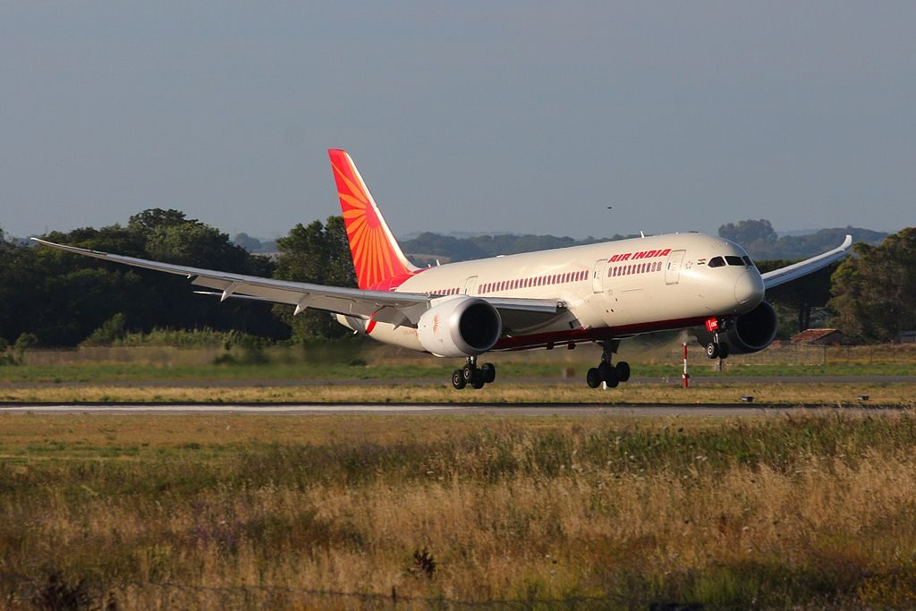 VT ANA Boeing 787 8 Dreamliner Air India at Fiumicino Airport