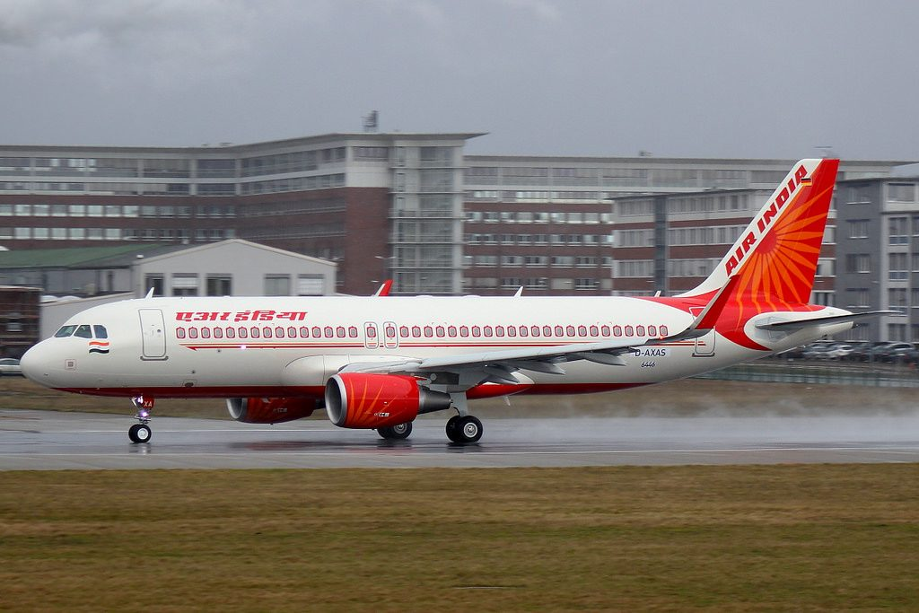 VT EXA D AXAS Air India Airbus A320 214SL at Finkenwerder Airport