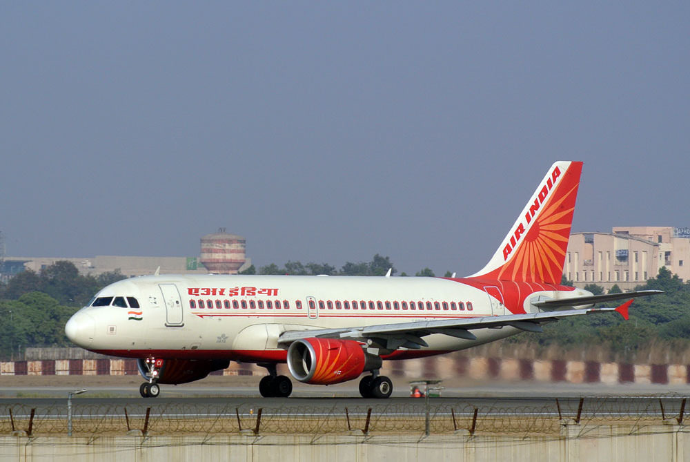 VT SCI Air India Airbus A319 112 at Delhi Indira Gandhi Aiport
