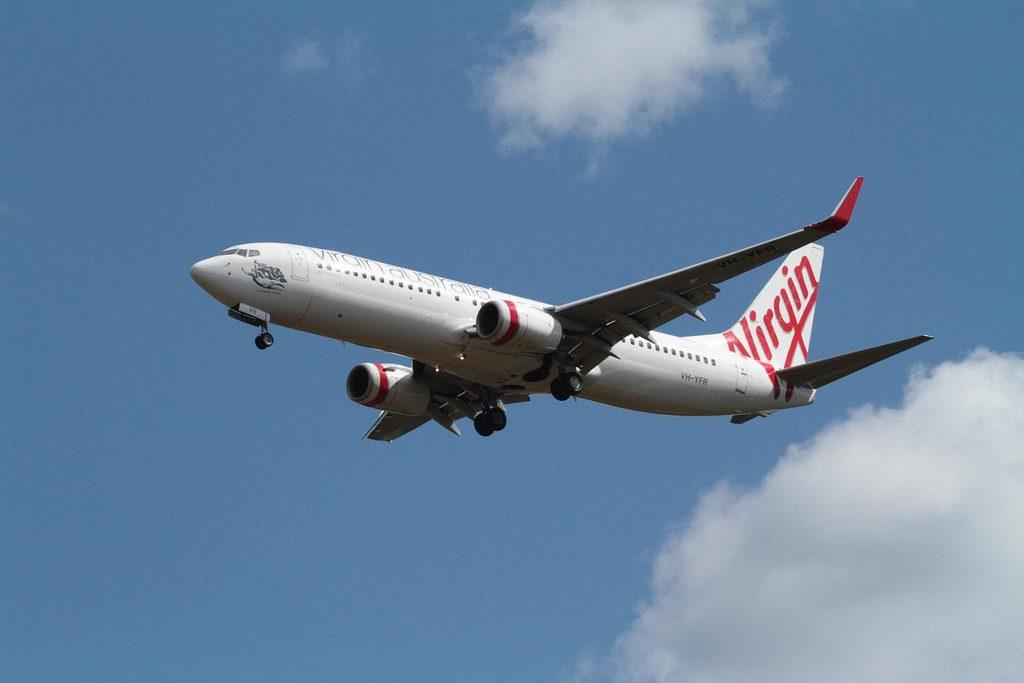 Virgin Australia Airlines Boeing 737 8FEWL VH YFR Scamander Beach landing at Darwin Airport