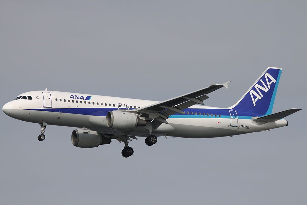 ANA All Nippon Airways JA8997 Airbus A320 211 Final approach to Runway 16L Tokyo International Airport