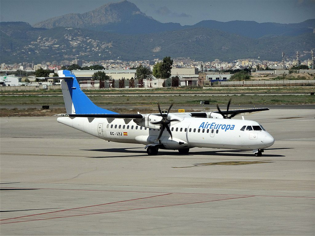ATR 72 500 EC LYJ of Air Europa Express Swiftair at Palma de Mallorca Airport