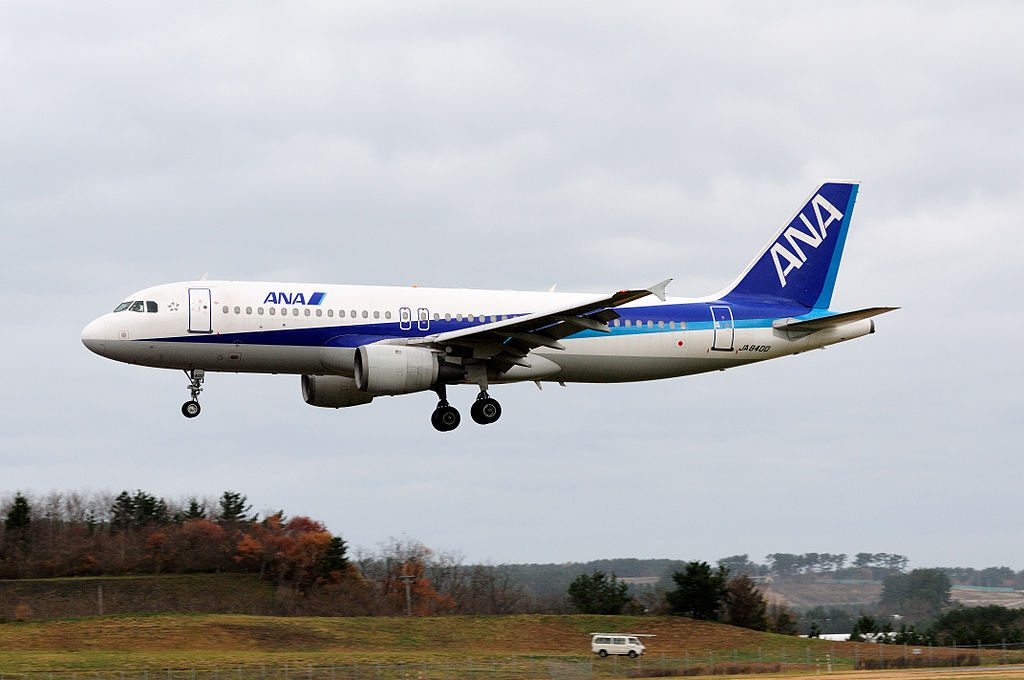 All Nippon Airways ANA Airbus A320 211 JA8400 at Shonai Airport