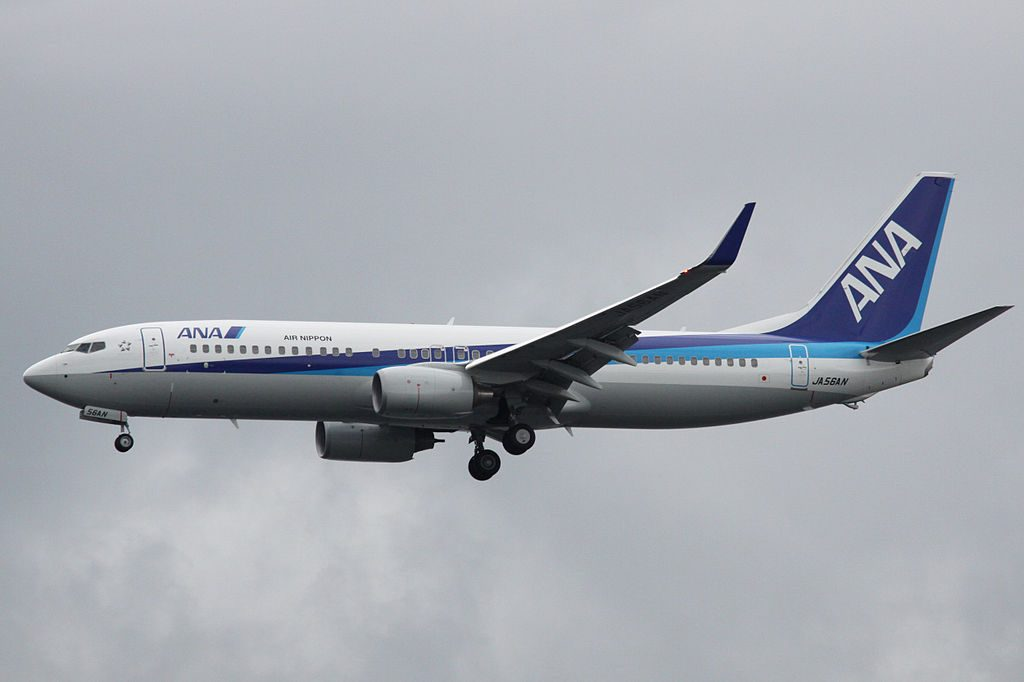 Boeing 737 881WL JA56AN ANA Air Nippon ANK Final approach to Runway 34L Tokyo International Airport