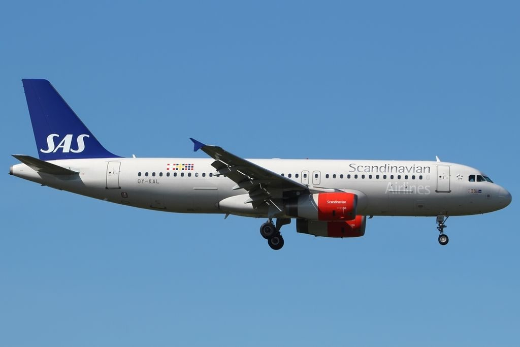 Airbus A320 232 Scandinavian Airlines SAS OY KAL Jon Viking at London Heathrow Airport