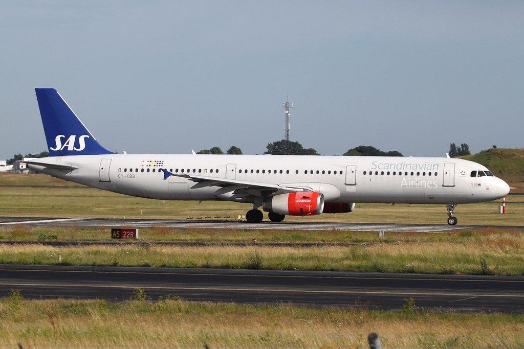Airbus A321 232 Scandinavian Airlines SAS OY KBB Hjörulf Viking at Copenhagen Airport
