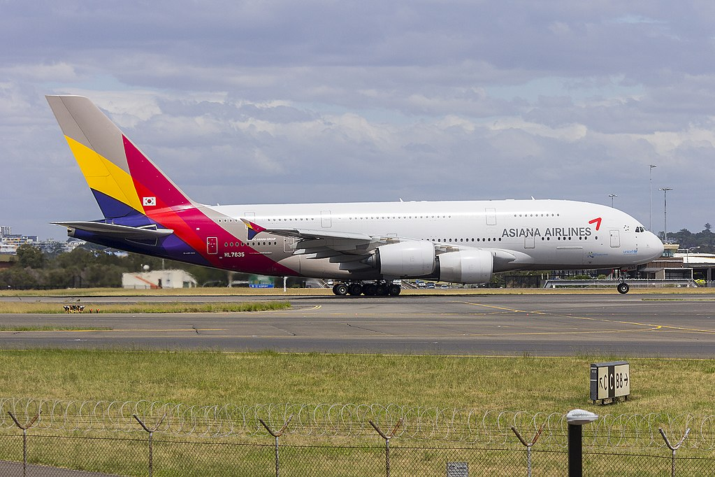 Asiana Airlines HL7635 Airbus A380 841 departing Sydney Airport