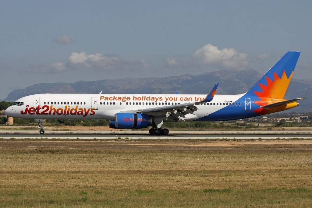 Boeing 757 23NWL G LSAK Jet2 Holidays at Palma de Mallorca