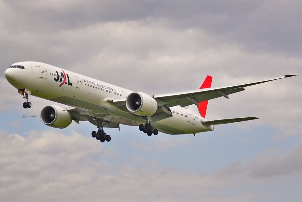 Boeing 777 346ER JAL Japan Airlines JA736J on final approach at London Heathrow Airport