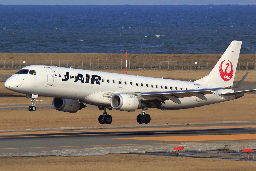 Embraer E190 JAL J Air JA245J at Niigata Airport