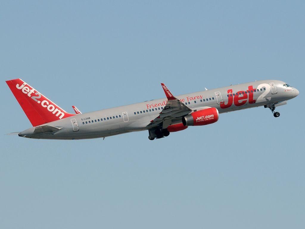 G LSAB Boeing 757 27BWL Jet2 Menorca at Málaga Airport