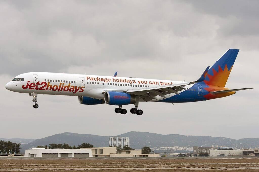 G LSAN Boeing 757 2K2WL Jet2 Holidays at Faro Airport