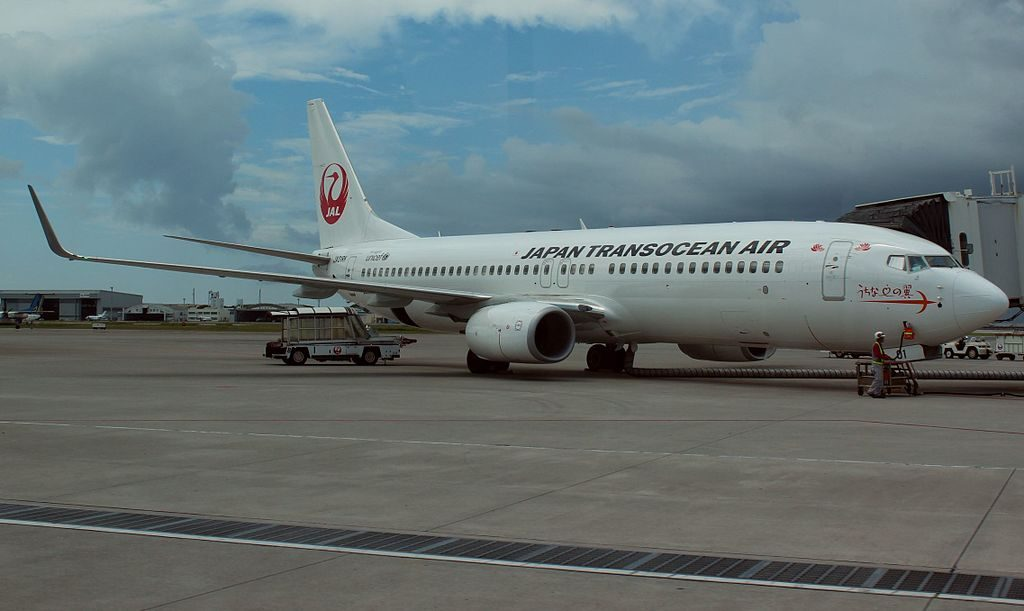 JA01RK Boeing 737 8Q3WL Japan Transocean Air JTA at Naha Airport