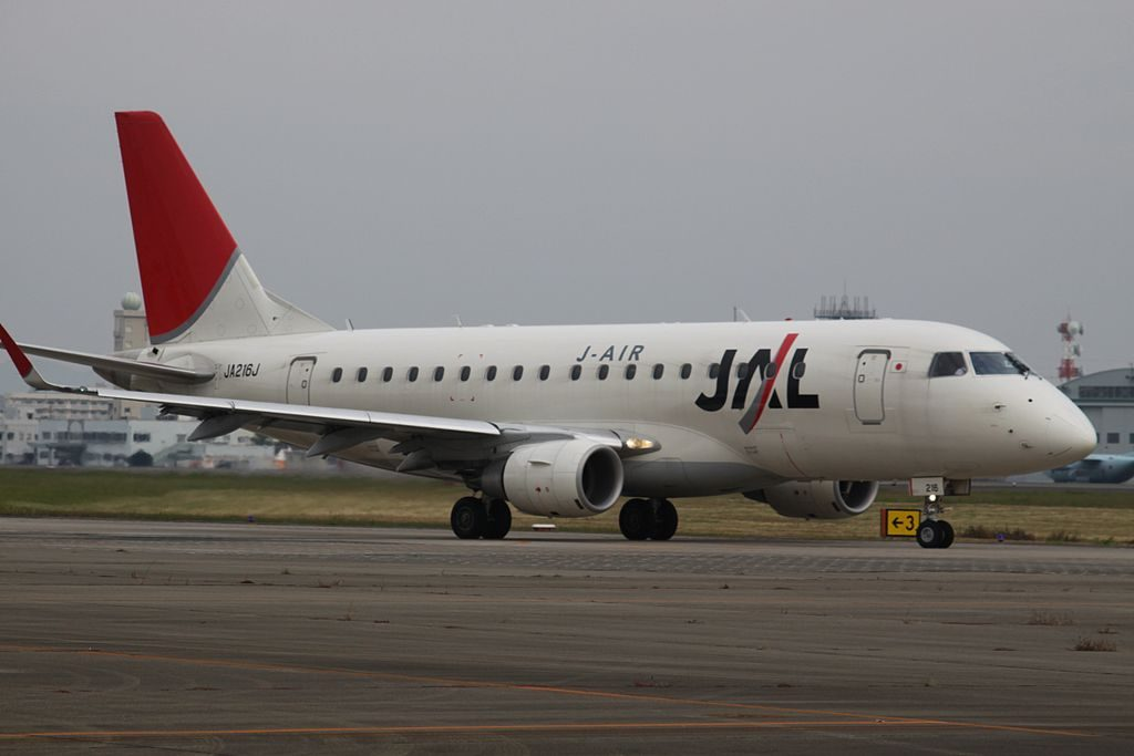 JA216J Embraer 170 JAL J Air at Osaka International Airport