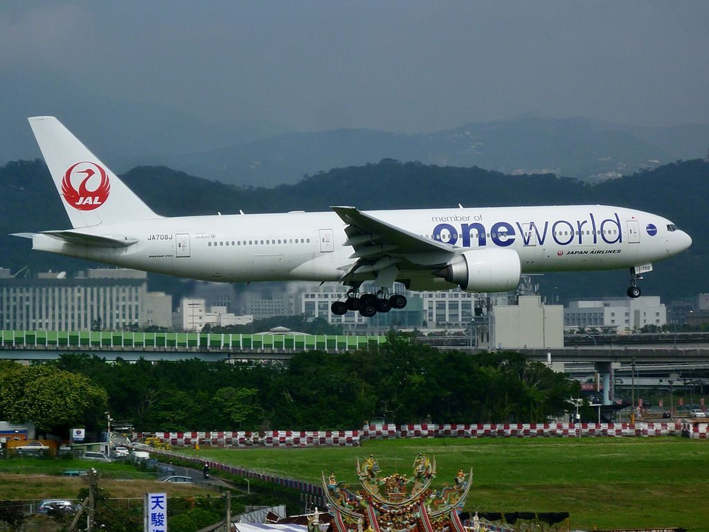 JA708J Japan Airlines JAL Boeing 777 246ER Oneworld Livery at Taipei Songshan Airport