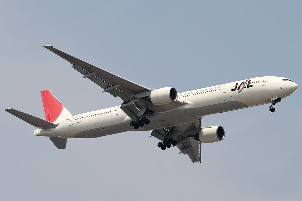JAL Japan Airlines JA8944 Tokyo International Airport Boeing 777 346