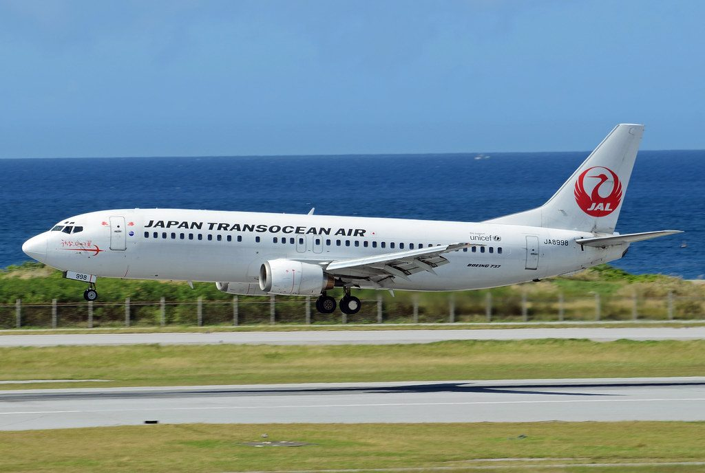 Japan TransOcean Air JTA Boeing 737 446 JA8998