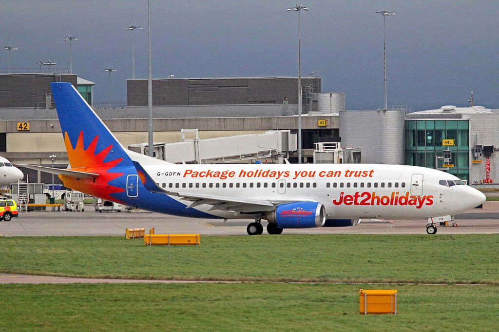 Jet2holidays G GDFN Boeing 737 33VWL at Manchester Airport