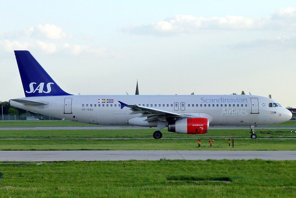 OY KAU Airbus A320 232 Hjorvard Viking of SAS Scandinavian Airlines at London Heathrow Airport