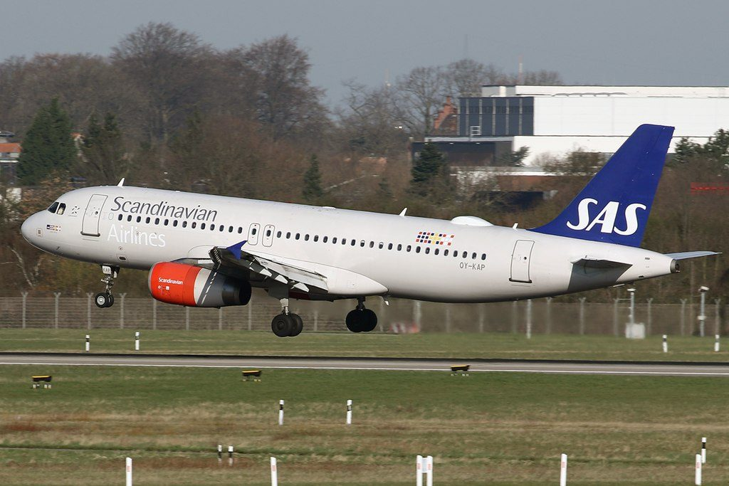 SAS Scandinavian Airlines Airbus A320 232 OY KAP Viglek Viking at Düsseldorf International Airport