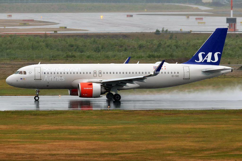 SAS Scandinavian Airlines EI SIC Airbus A320 251N Sigurd Viking at Helsinki Vantaa Airport