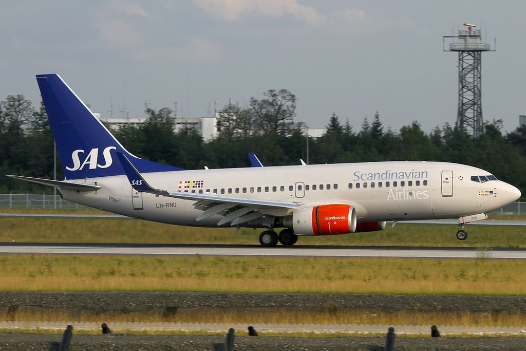 Scandinavian Airlines SAS Boeing 737 783WL LN RNU Hans Viking at Frankfurt Airport
