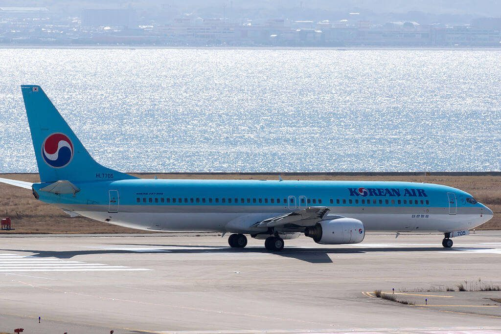 Boeing 737 9B5 HL7705 Korean Air at Kansai International Airport