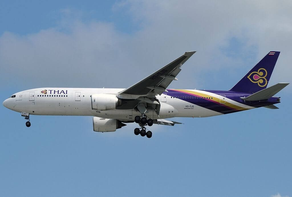 THAI Airways Boeing 777 2D7ER HS TJS Phra Nakhon พระนคร at Singapore Changi Airport