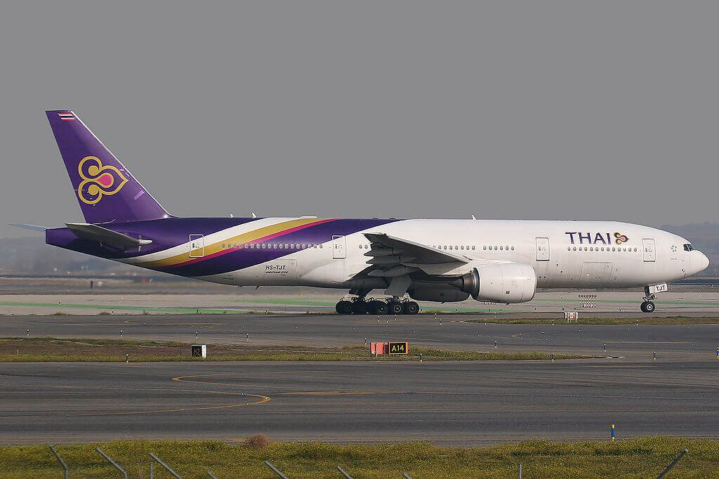 THAI Airways Boeing 777 2D7ER HS TJT Pathum Wan ปทุมวัน at Madrid Barajas Airport