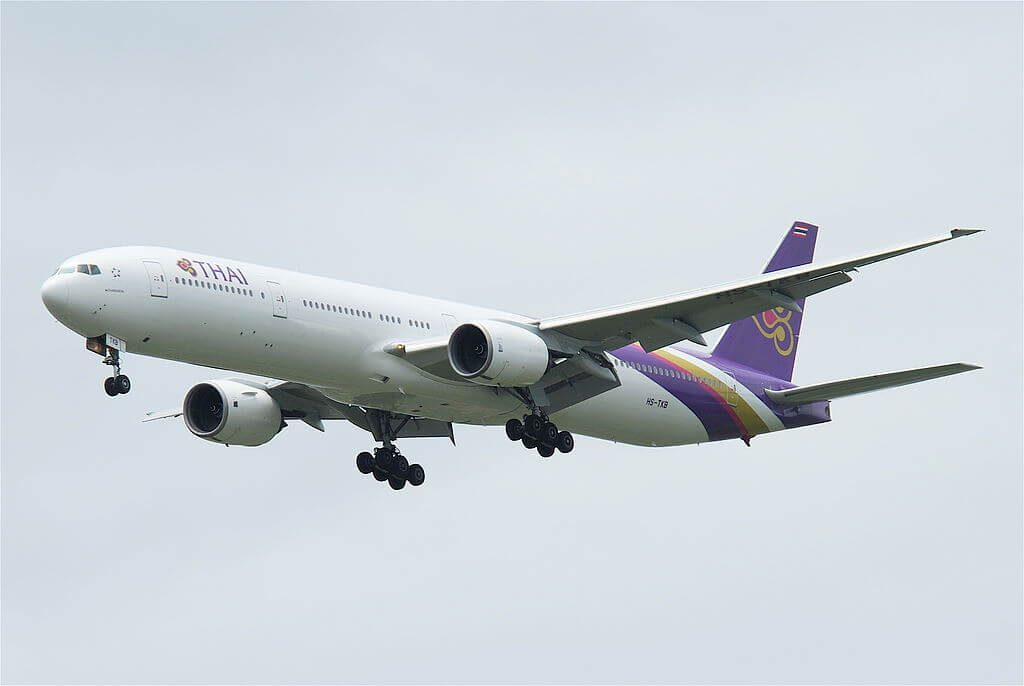 THAI Airways Boeing 777 3D7 HS TKB Chainarai ชัยนารายณ์ at Suvarnabhumi International Airport