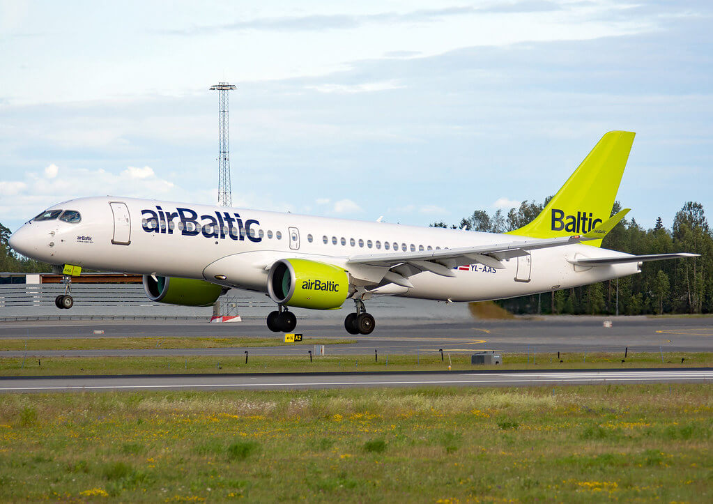 Airbus A220 300 CS300 YL AAS airBaltic