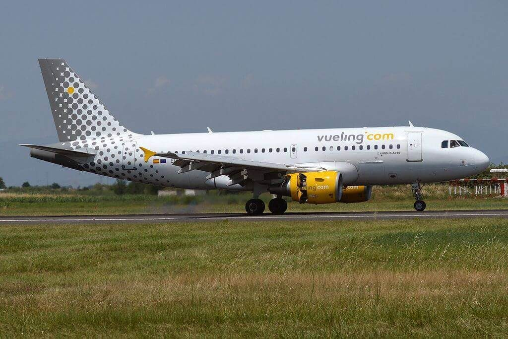 Airbus A319 112 EC MGF Vueling Airlines at Peretola Airport