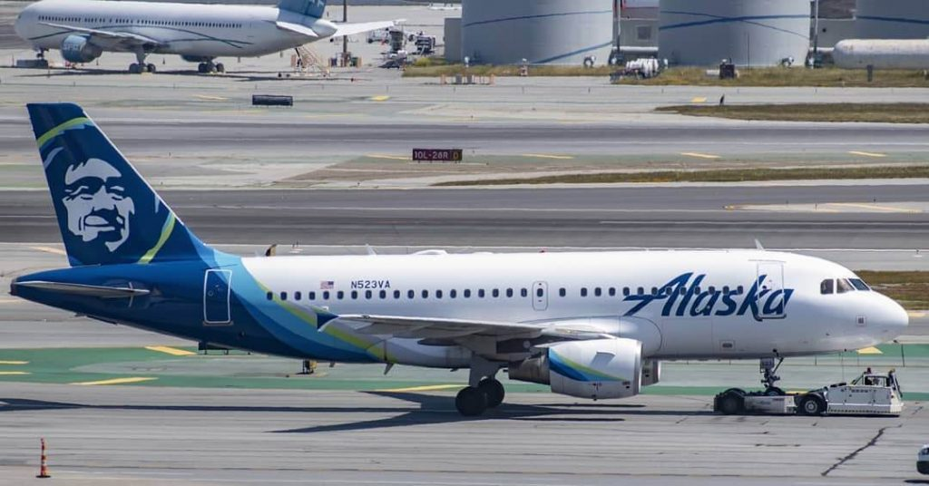 Airbus A319 112 N523VA Alaska Airlines