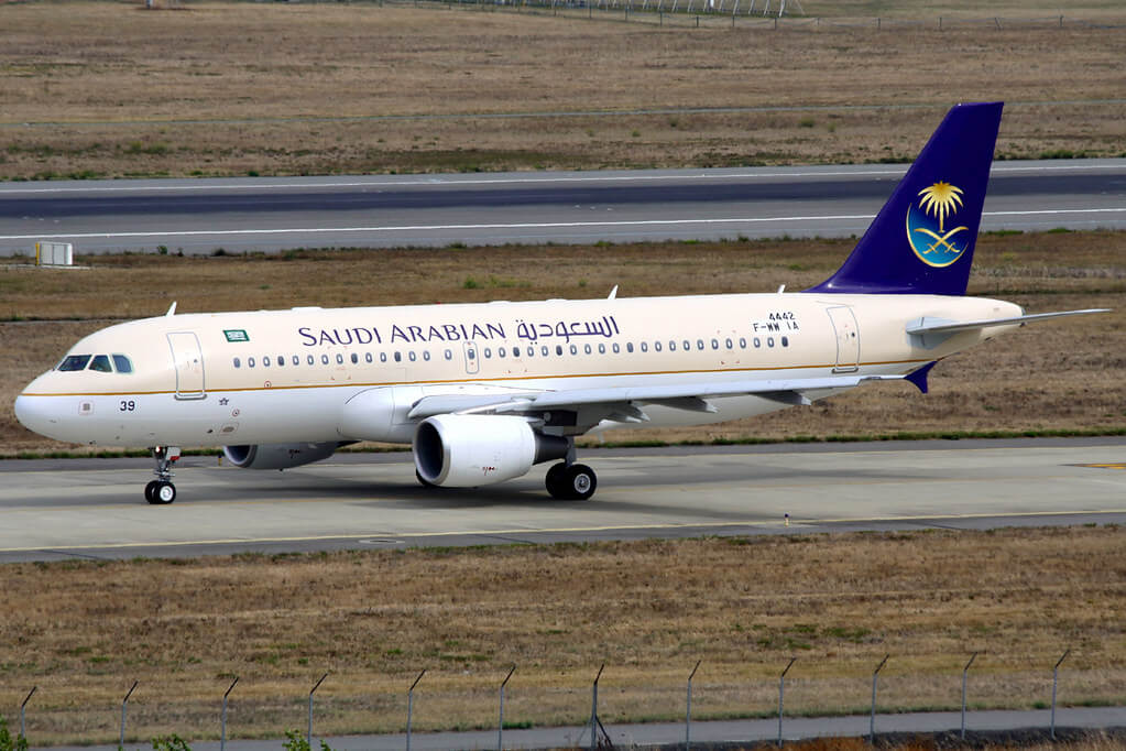 Airbus A320 214 HZ AS39 Saudia