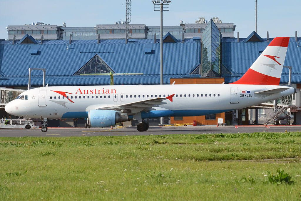 Airbus A320 214 OE LBJ Hohe Tauern Austrian Airlines at Tallinn Airport