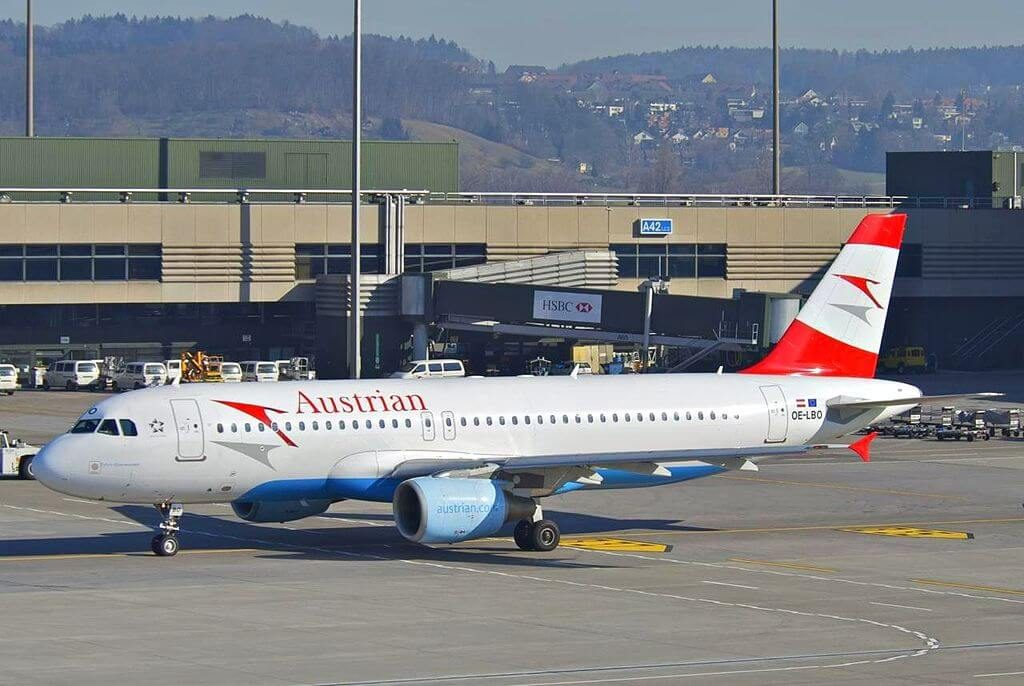 Airbus A320 214 OE LBO Pyhrn Eisenwurzen Austrian Airlines at Zurich International Airport