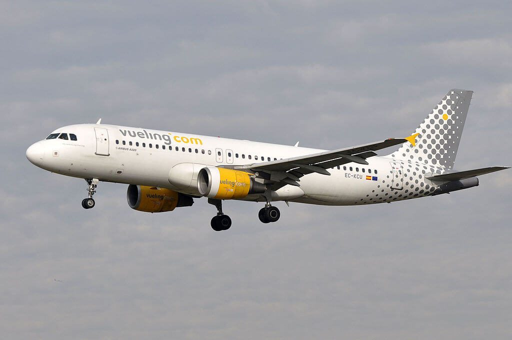 Airbus A320 216 EC KCU Vueling Airlines at Barcelona Airport