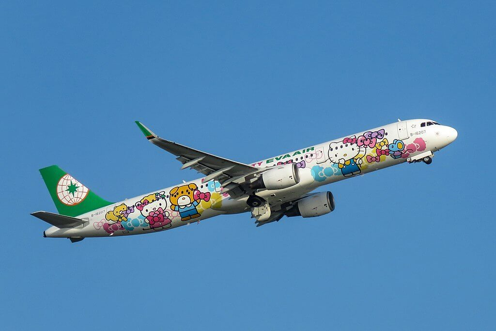 Airbus A321 211WL B 16207 EVA Air Hello Kitty Jet Livery at Hong Kong International Airport