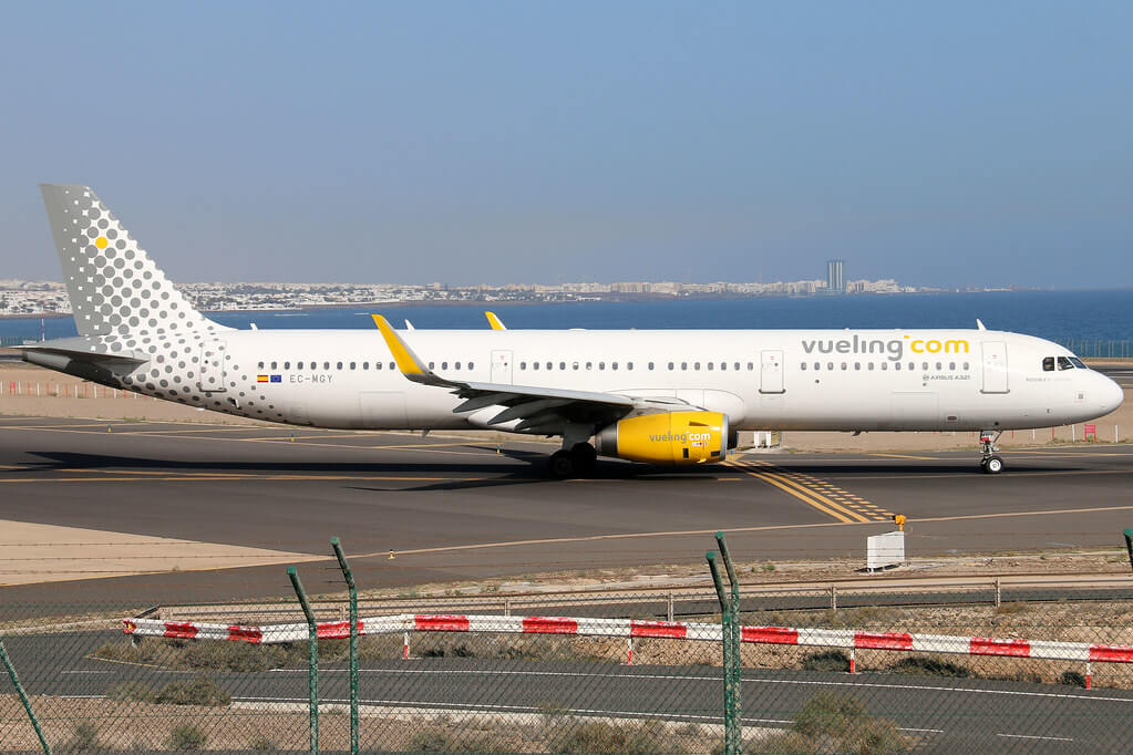 Airbus A321 231WL EC MGY Vueling Airlines at Arrecife Airport