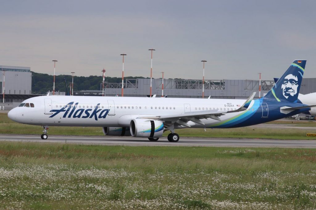Alaska Airlines Airbus A321 253N N929VA