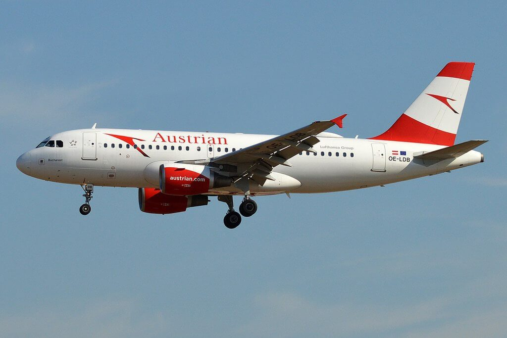 Austrian Airline Airbus A319 112 OE LDB Bucharest at Frankfurt Airport