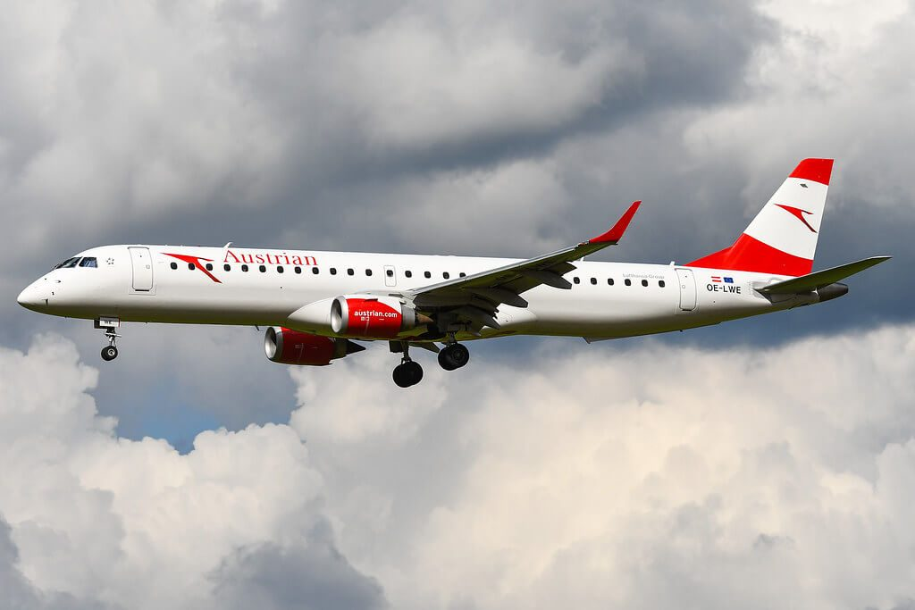 Austrian Airlines Embraer ERJ 195LR ERJ 190 200 LR OE LWE at Brussel Airport
