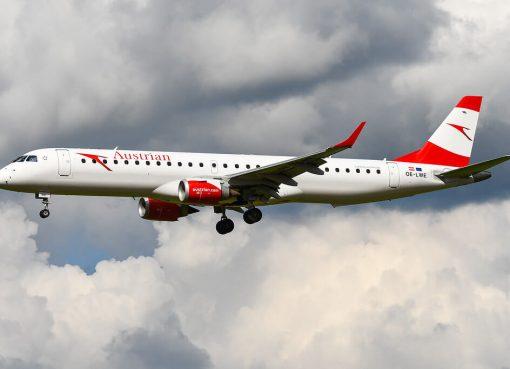 Austrian Airlines Embraer ERJ 195LR ERJ 190 200 LR OE LWE at Brussel Airport