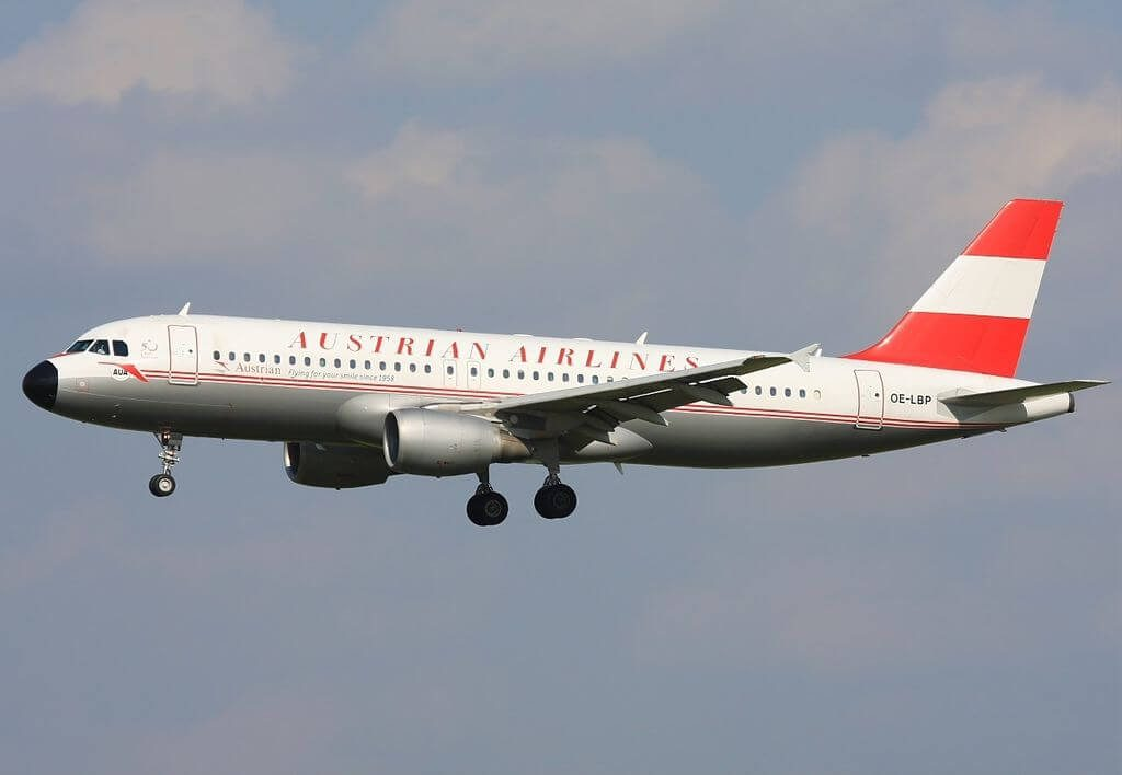 Austrian Airlines retro livery Airbus A320 214 OE LBP Neusiedlersee at Vienna International Airport